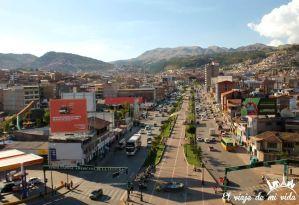 Vistas desde la estatua de Pachutec en Cusco
