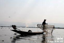 Pescadores del lago Inle al amanecer, Myanmar