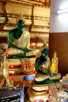 El templo Wihan Phra Mongkhon Bophit, Tailandia