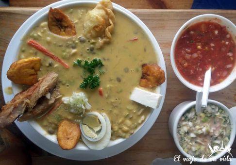 La fanesca, un plato típico de semana santa en Ecuador