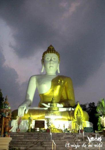 Atardecer a las afueras de Chiang Mai