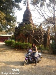 Mi primera vez en moto en Birmania