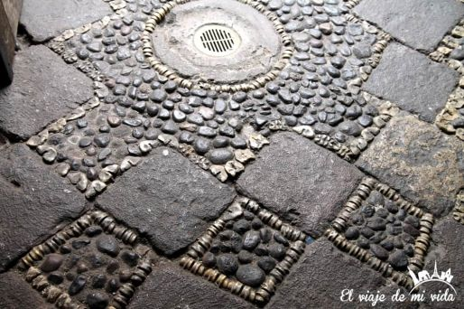 Antiguos adoquines en Quito, Ecuador