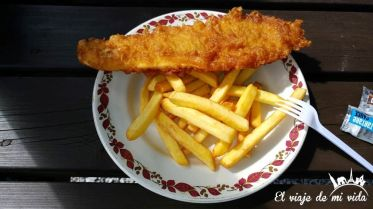 """Fish and chips """"casero"""": 8 libras"""