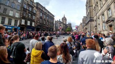 Calles durante los festivales de Edimburgo