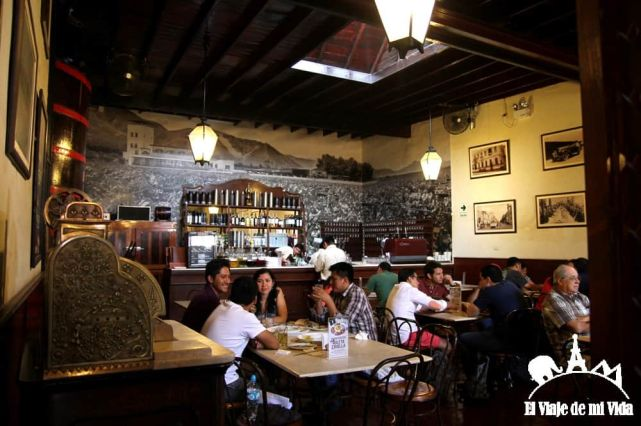 La Taberna Queirolo en Lima, Perú