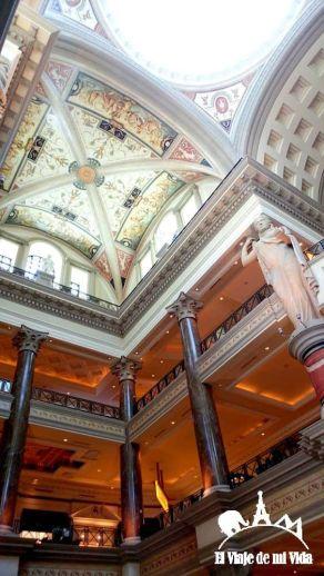 El interior del Caesar's Palace