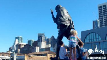Estatua de Gandhi en Ferry Building