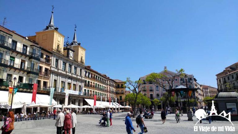 La Plaza Mayor de Segovia