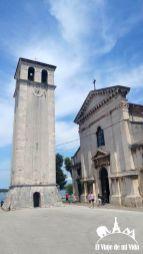 Iglesia y torre de Pula