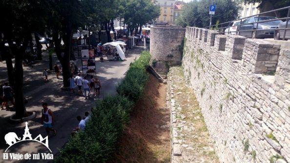 Muralla de Pula