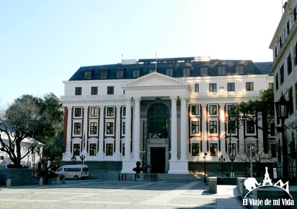 El Parlamento de Sudáfrica
