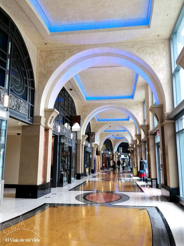 Centro comercial de Fallsview Boulevard