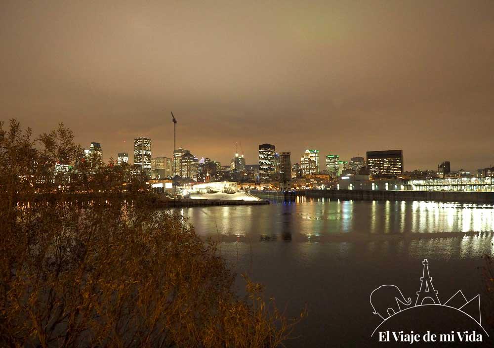 Vistas a Montreal desde el Puente de la Concorde