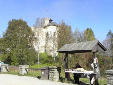 Puesto de Oscypec en la subida al castillo