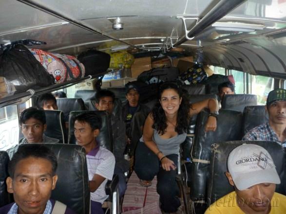 Bus Mandalay-Hsipaw 1