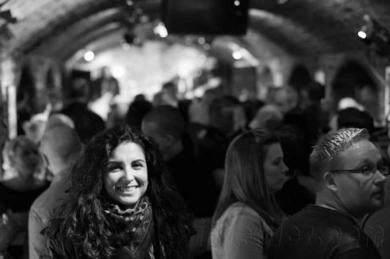 Disfrutando en The Cavern, el local que tienes que visitar en una escapada a Liverpool