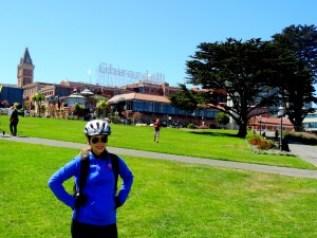 Ghirardelli Square - Atravessando a ponte Golden Gate de bicicleta