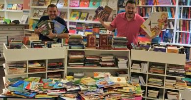 Viaje Por Conta arrecada 900 livros e doa para projeto do sertão nordestino