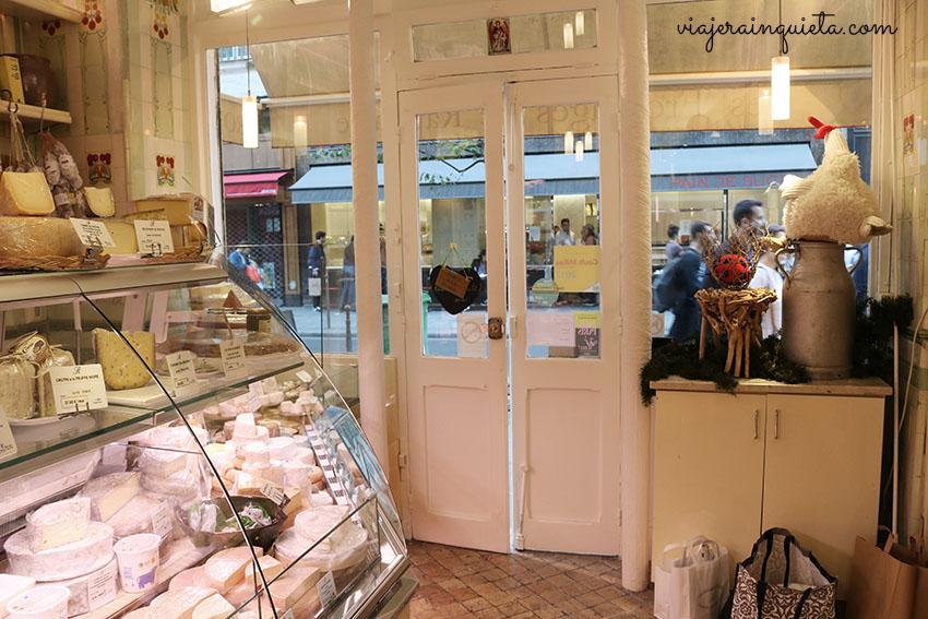Tienda de quesos en Paris viajes