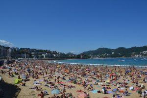 playa-gente-turista