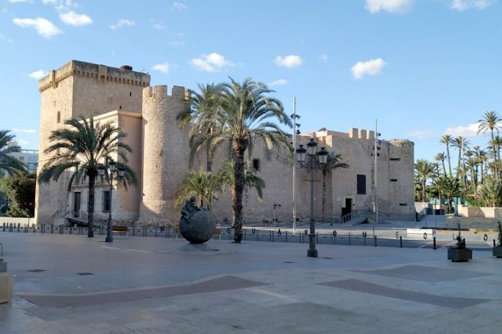 Elche: un paseo con niños - Costa Blanca, Alicante | Viajero de la ...