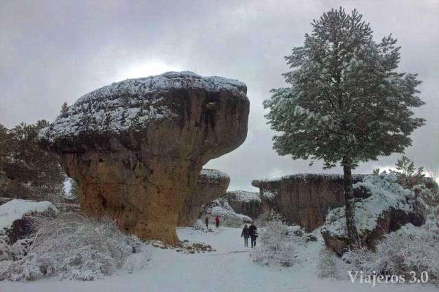 turistas en la Ciudad Encantada de Cuenca
