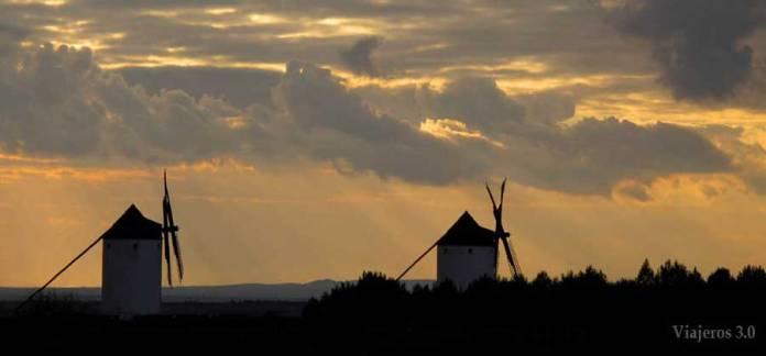 atardecer molinos de viento Mota del Cuervo