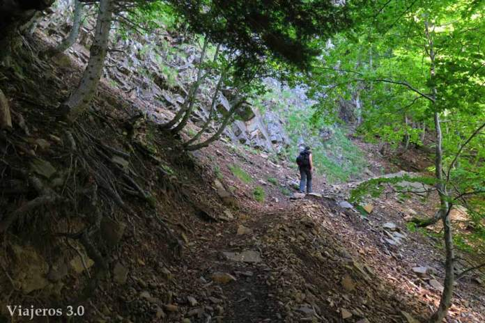 senda-de-los-cazadores-valle-de-ordesa-(1)
