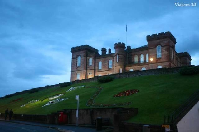 castillo de Inverness de noche