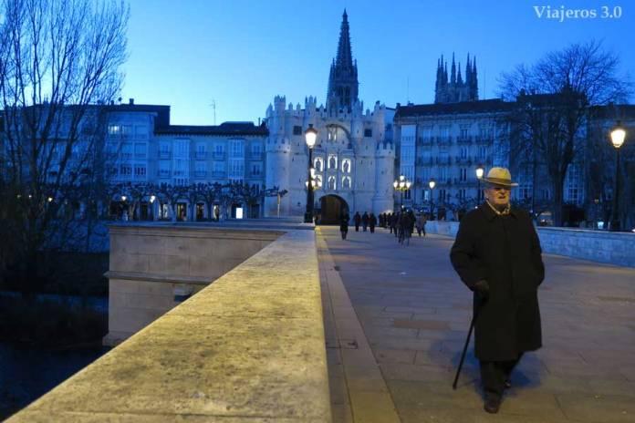 arco y puente de Santa María, que ver y que hacer en Burgos en un fin de semana