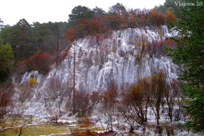 Source en cascade du Cuervo à Cuenca