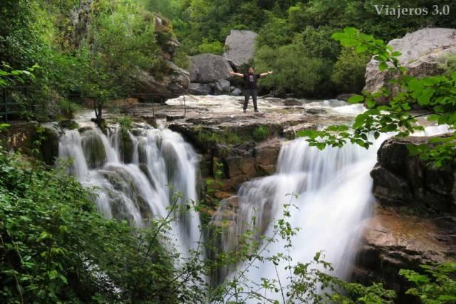 cascada en el cañón del Añisclo