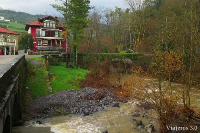 hotel rural la Casa del Puente en Regules