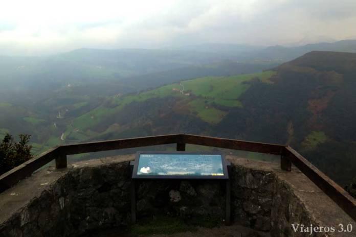 acceso al mirador de Aja en Cantabria