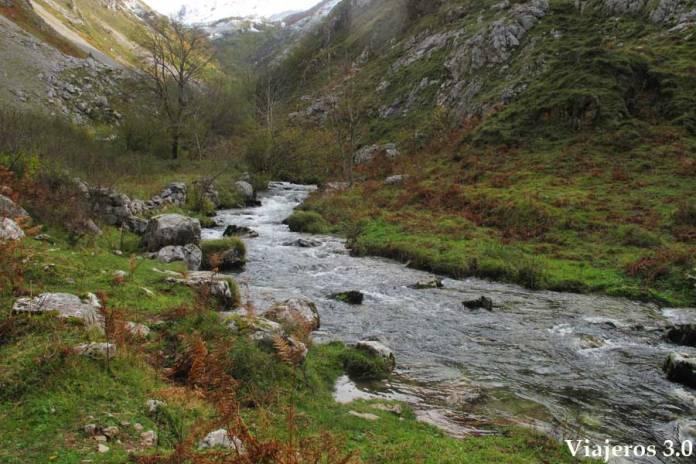 paisajes ruta de senderismo a Bulnes