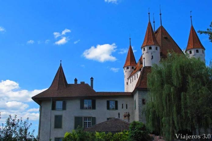 fachada del castillo de Thun