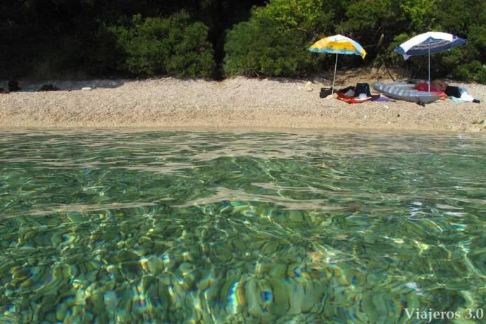 playa Drvenik, ruta por Croacia y Eslovenia