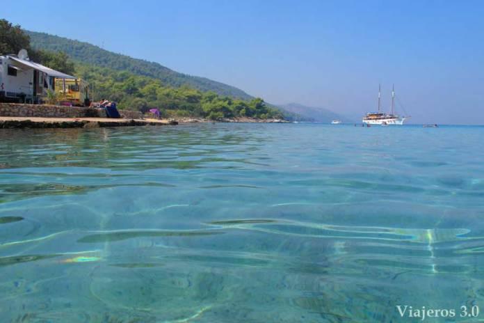 playa de Mlaska en Hvar, que hacer y que ver en Croacia