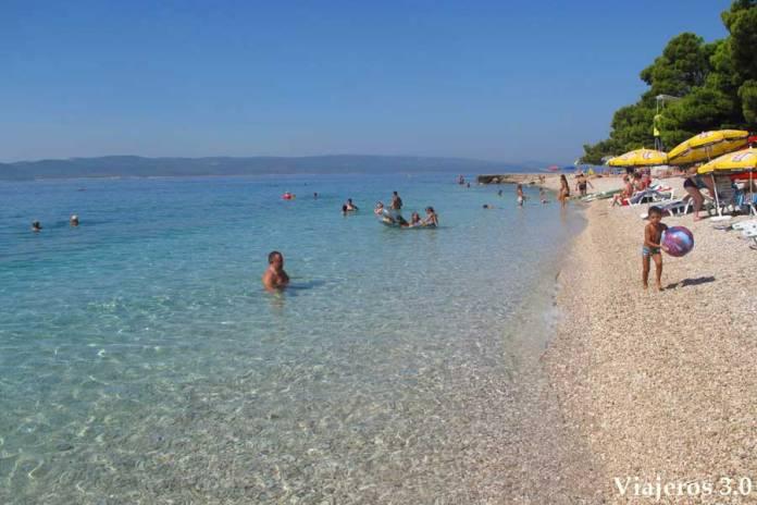 playa Punta Rata en Brela, ruta por Croacia y Eslovenia