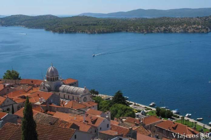 vistas de Sibenik en Croacia