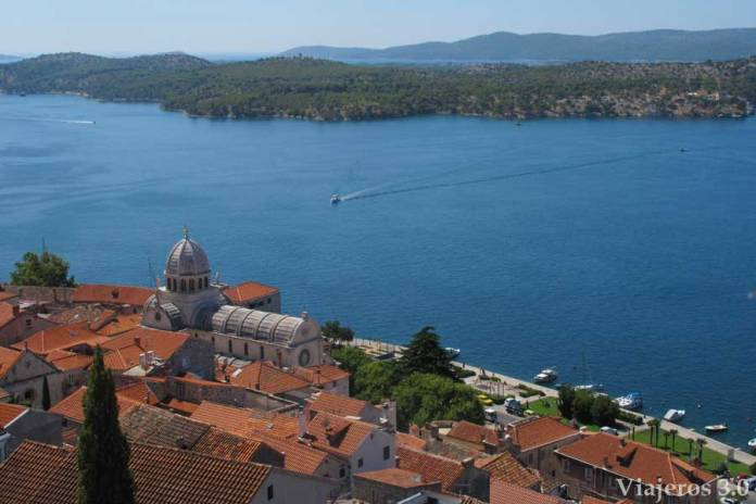 vistas de Sibenik, ruta por Croacia y Eslovenia