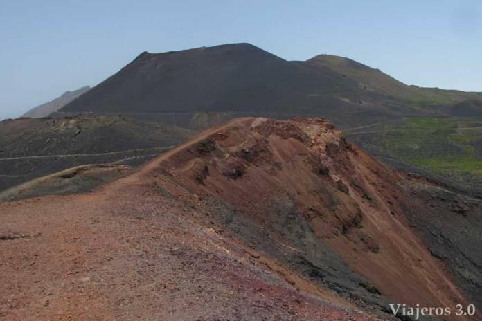 Monumento natural de los volcanes de Teneguía