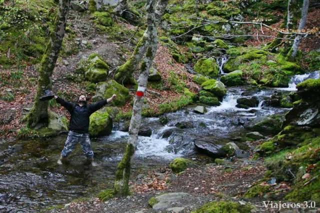 cruzar río de Tres Aguas al Pozo Negro