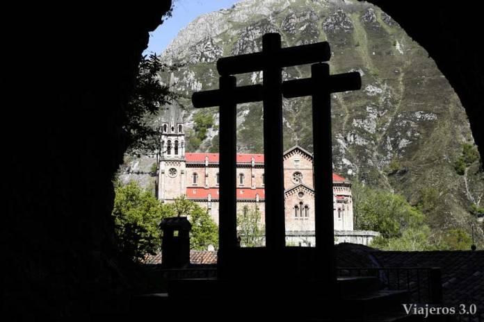 Basílica de Covadonga, imprescindibles de Picos de Europa