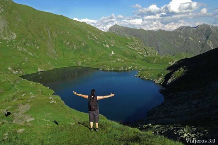 Lago Capra en las Montañas Fagaras