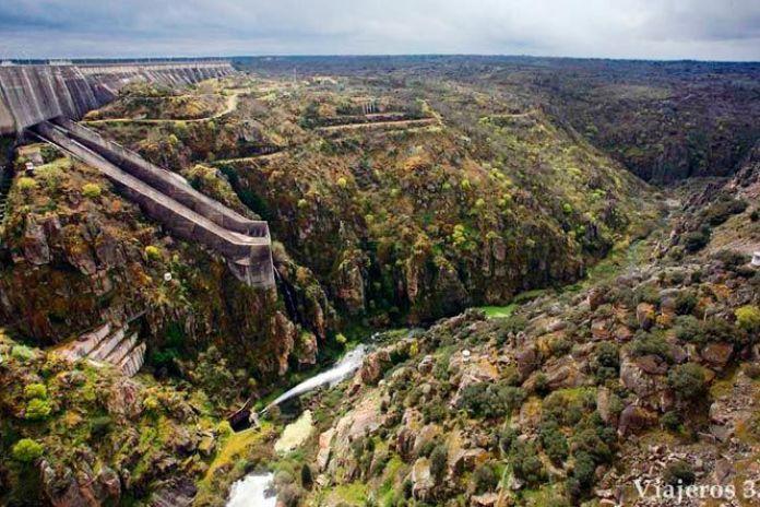 presa de la Almendra, río Tormes