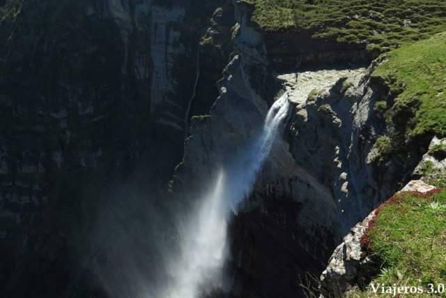 El Salto del Nervión, la cascada más alta de España