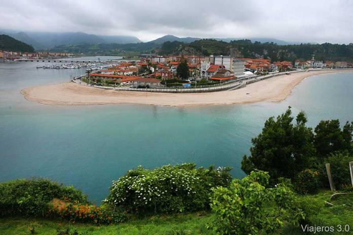 Bahía de Ribadesella en Asturias.