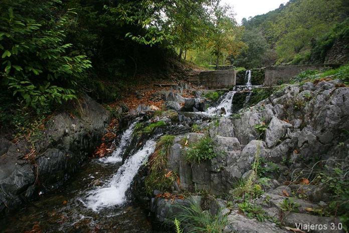 Robledillo de Gata, en la Sierra de Gata